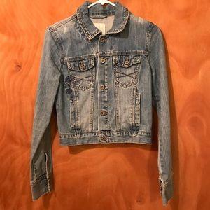 Very cute jean jacket RUNS SMALL